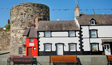 Smallest House - Conwy
